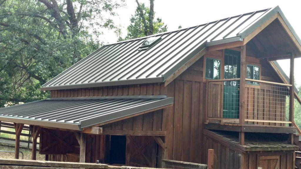 Dunn Seamless Gutters & Metal Roofs