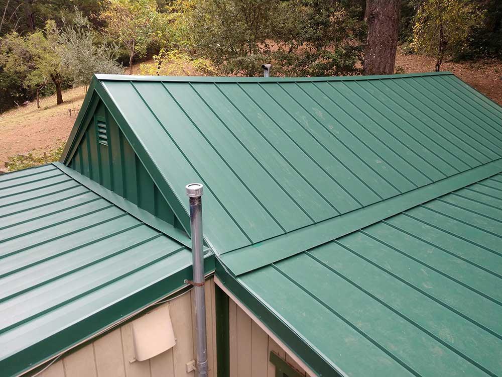 dunn seamless gutters metal roofs 11