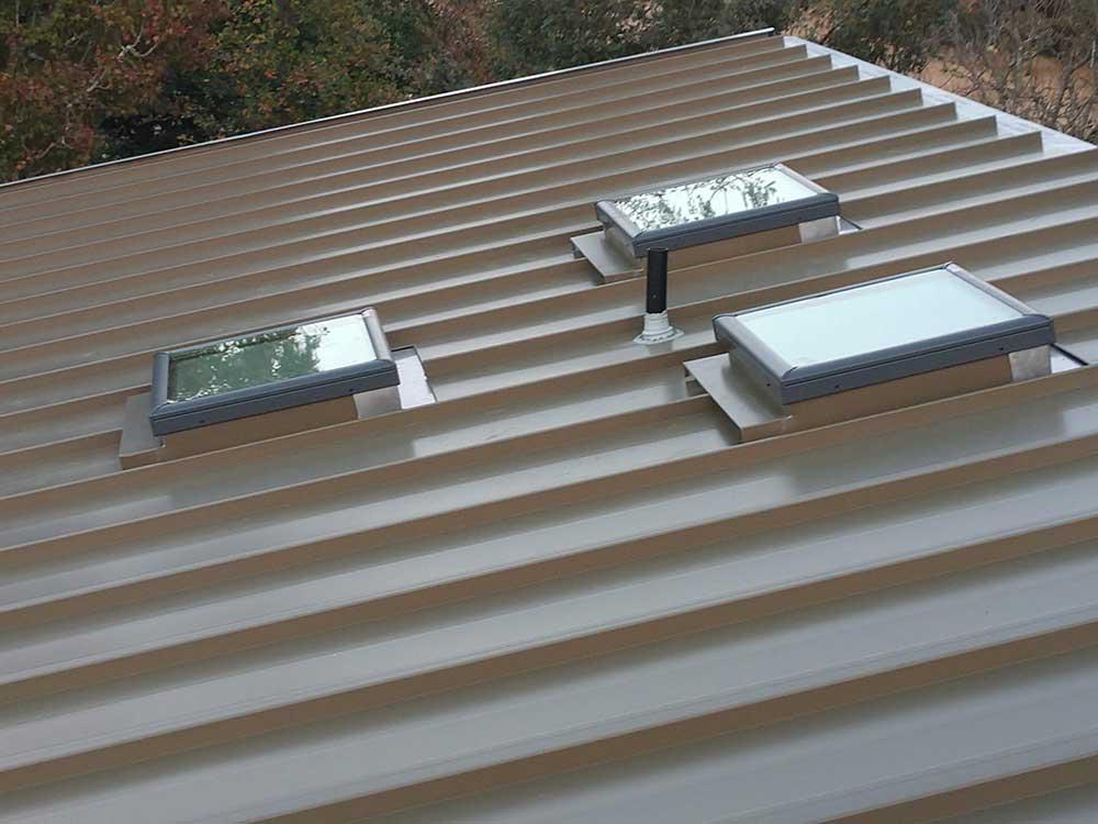 dunn seamless gutters metal roofs 2
